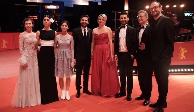 Kız Kardeşler filmi dünya prömiyeri 69. Berlin Film Festivali'nde yaptı!