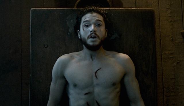 Game of Thrones: Bir dişinin tek masum anı bebeğini kollarına aldığı andır