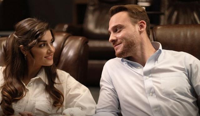 Sen Çal Kapımı: Aşk insanın kendi içine yaptığı sancılı bir yolculuktur