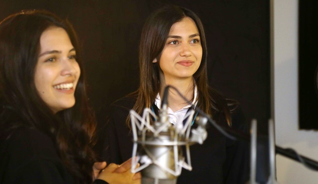 Orphan Flowers: Meral sings a duet with Kutsi!