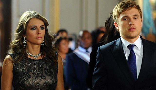 The Royals, Dizimax Drama'da devam ediyor