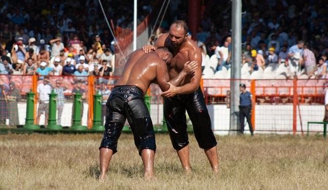 660. Tarihi Kırkpınar Yağlı Güreşleri, DMAX'te ekrana gelecek!