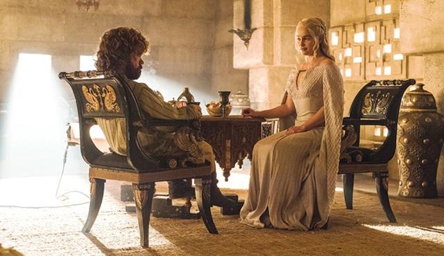 Game of Thrones açılışını bir de böyle izleyin