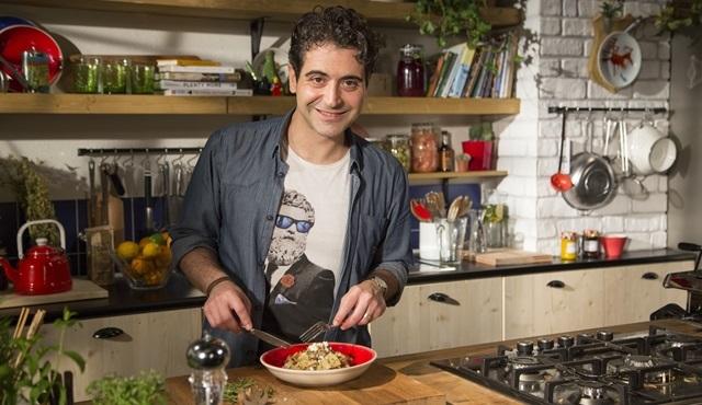 Hazer Amani, Mutfakta Buluşalım ile her Pazar Fox Tv'de!