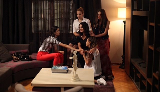 Tatlı Küçük Yalancılar: Will the four friends finally be free?