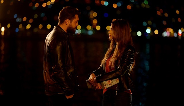 Sweet Revenge | Pelin tries to prove she's moved on