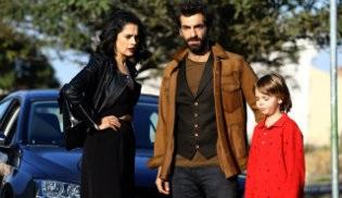Sosyal TV | Poyraz Karayel zirvedeki yerini korudu!