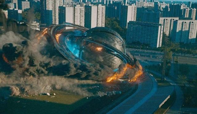 Kesişen Dünyalar (Attraction) filmi Tv'de ilk kez atv'de ekrana gelecek!