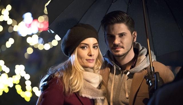 Tolgahan Sayışman ve Bade İşcil'li Eski Sevgili filmi Fox Türkiye'de ekrana gelecek!