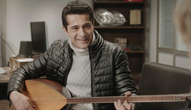 İsmail Hacıoğlu, kendi bestesi olan türküyü Çocuk dizisi için çaldı!