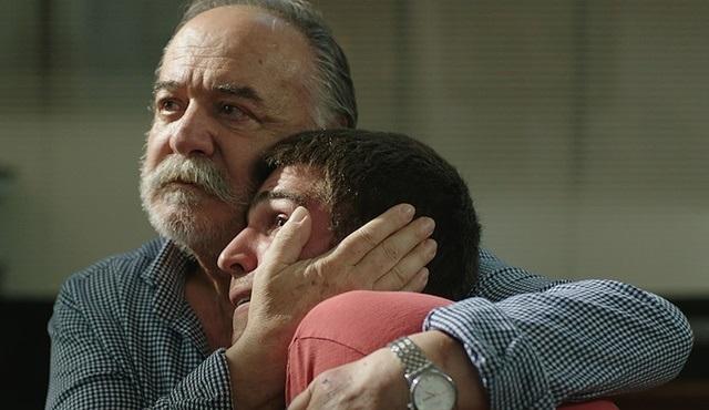 Çetin Tekindor, Babam filmi için Atilla İlhan'ın 'Üçüncü Şahsın Şiiri'ni seslendirdi!