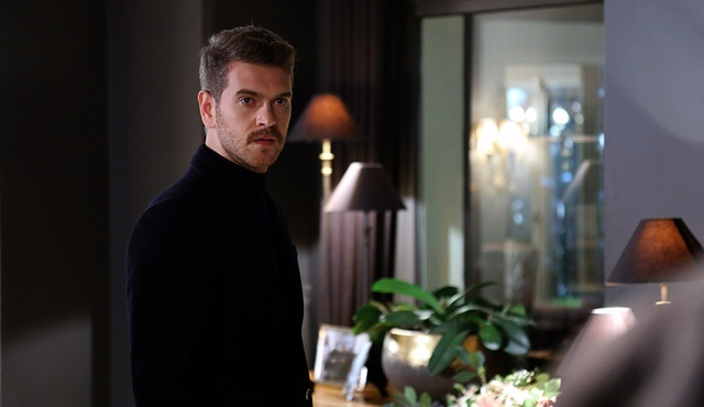 High Society | Kerem realizes the chaos he unleashed