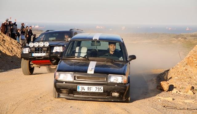 Araba yarışının kazananı kim olacak?