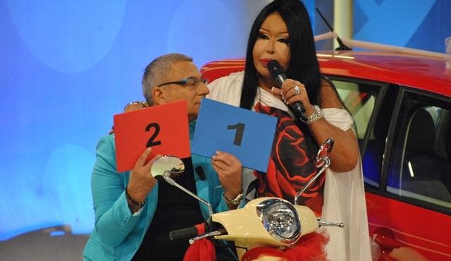 Diva'nın konuk olduğu Çarkıfelek, reytingde birinci oldu!