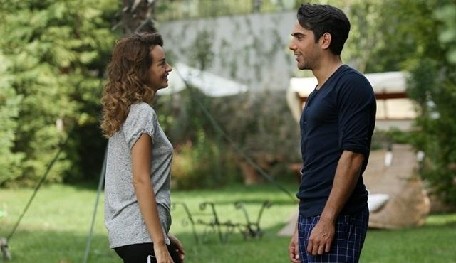 Bana Sevmeyi Anlat | Alper chooses to protect Leyla