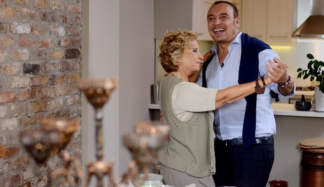 """""""Nazlı Ilıcak'la Pazar Gezmesi"""" sezonu Cenk Eren ile açıyor!"""