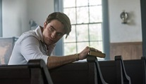 Netflix'in yeni filmi The Devil All The Time'ın tanıtımı ve afişi yayınlandı