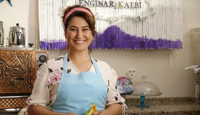 İclal Aydın, Ege'nin Hamsisi dizisi için Sığacık'ta restoran açtı!