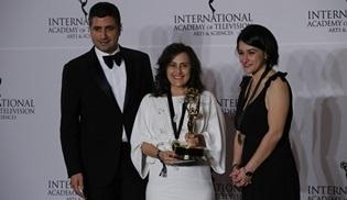 Kara Sevda, Uluslararası Emmy Ödülleri'nde ödül olan ilk Türk dizisi oldu!