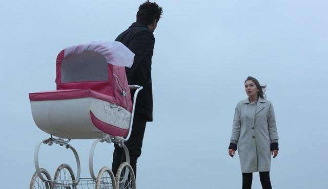 Kara Sevda'da Emir, Nihan'ı kızı Deniz'in hayatıyla sınıyor!