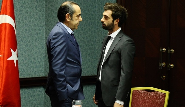 Poyraz Karayel: Poyraz accepts his father's job offer
