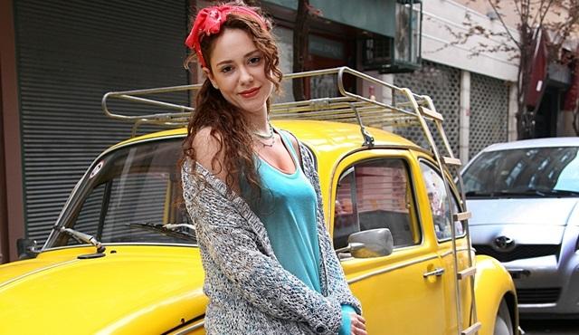 Acil Aşk Aranıyor'un Nisan'ı Duygu Yetiş, hayranlarının sorularını cevapladı!