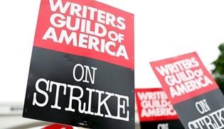 Amerikan Senaryo Yazarları Birliği (WGA) üyelerinden grev için yetkiyi aldı