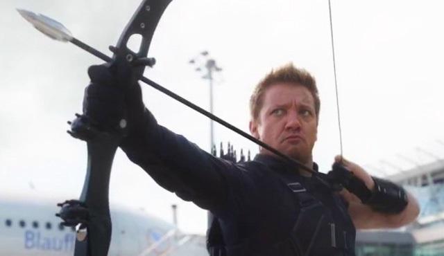 Jeremy Renner, Hawkeye dizisi istiyor