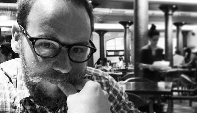 Gareth Stranks, Friends'e alternatif son yazdı, dünya çapında tepkiler aldı