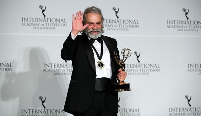 47. Uluslararası Emmy'de En iyi Erkek Oyuncu ödülünü Haluk Bilginer kazandı!