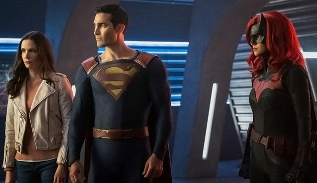 Crisis on Infinite Earths serisi 8 Aralık'ta The CW'da başlıyor