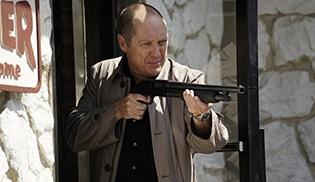 The Blacklist, 4. sezon onayı aldı