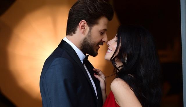 Kanatsız Kuşlar'da Onur ve Zeynep bu bölümde ilk kez birbirlerine aşklarını itiraf edecek!