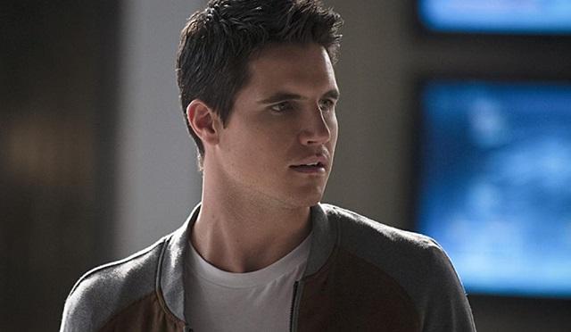 The Flash yeniden Robbie Amell'i ağırlayacak