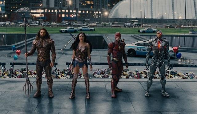Justice League (Adalet Birliği) filmi Tv'de ilk kez Star Tv'de ekrana gelecek!