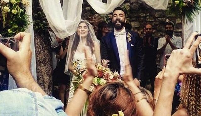 ''Beni Böyle Sev'' dizisinin yıldızı Zeynep Çamcı evlendi: Mutluluklar dileriz!