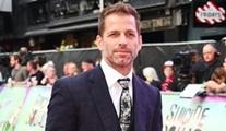 Zack Snyder kızın intiharı nedeniyle Justice League yönetmenliğini devretti