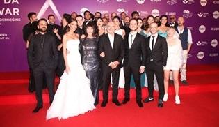 Çukur'un ikinci sezon finali görkemli bir gala gecesiyle gerçekleştirildi!