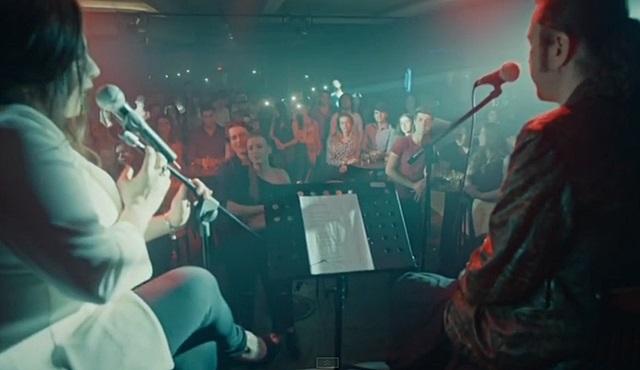 Medcezir | Çiğdem Erken&Halil Sezai - Dünyayı Durduran Şarkı