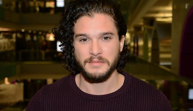Kit Harington, Game of Thrones hayranlarından özür diledi