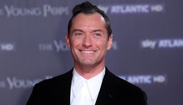 Jude Law, HBO dizisi The Third Day'in başrol oyuncusu oldu