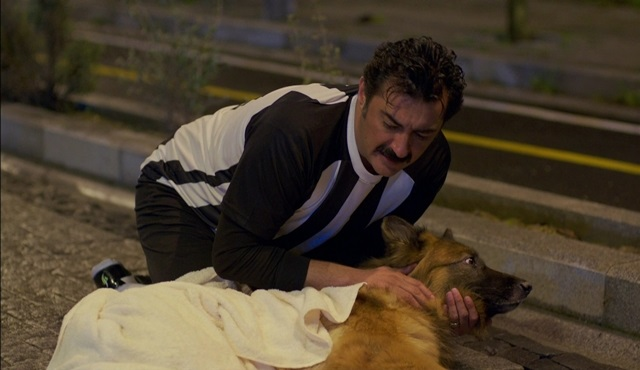Poyraz Karayel'de bu sahne sosyal medyaya damgasını vurdu!
