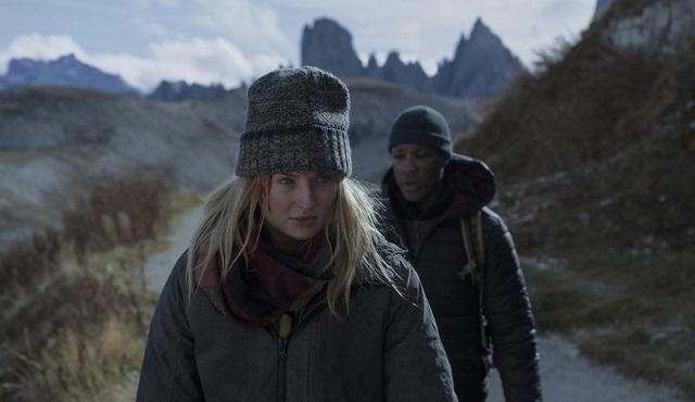 Sophie Turner'lı Survive dizisi 6 Nisan'da başlıyor