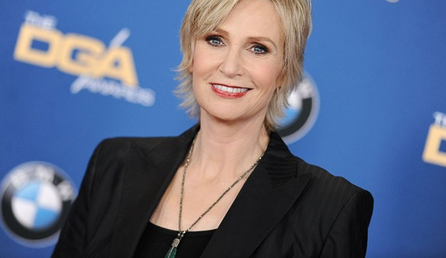 People's Choice Awards'ı 2016'da Jane Lynch sunacak