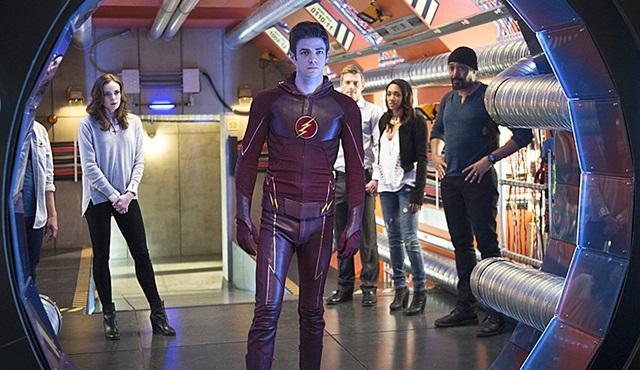 The Flash: 2. sezondan ilk tanıtım geldi