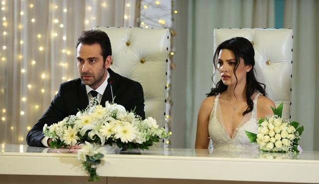 Kara Sevda'da Zeynep, Hakan'la evlenecek mi?