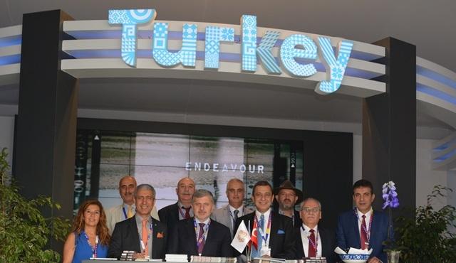 Türk dizileri ve televizyon programı formatları, MIPCOM 2015'te beğeniye sunuldu!