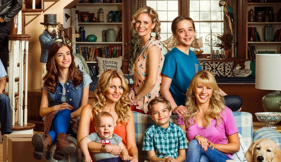 Fuller House dizisi Netflix'ten 5. ve final sezonu onayını aldı