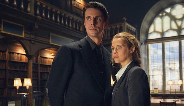 Sky One, A Discovery of Witches dizisine iki sezonluk onay verdi
