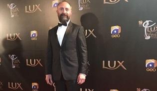 Halit Ergenç'e Pakistan'dan Uluslararası Simge Ödülü!